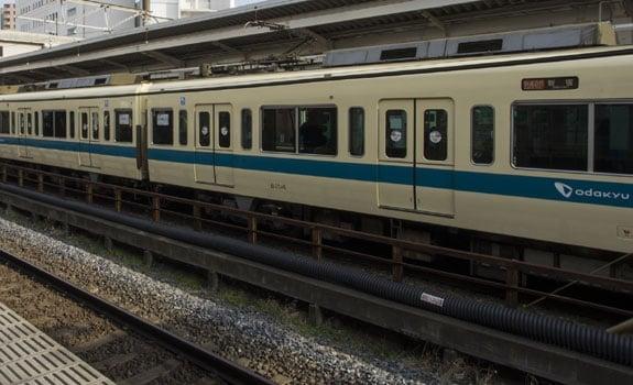 小田急線狛江