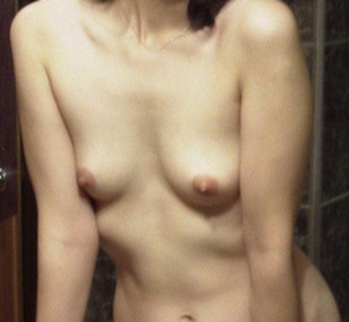 25歳不倫女子の裸体