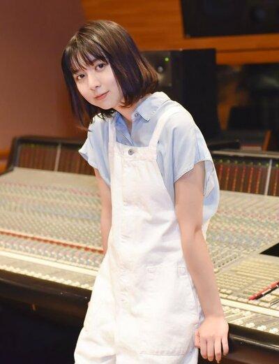 元チャットモンチーのボーカルの橋本絵莉子